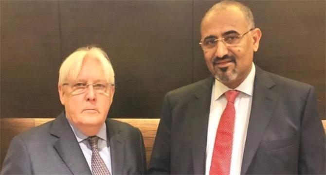 """الزُبيدي يلوح بالقوة ويطالب باستفتاء """"انفصال جنوب اليمن"""".. ومسؤول إماراتي يعلق"""
