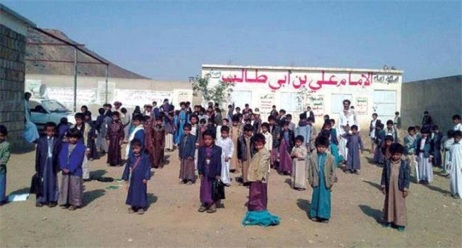 الحـوثيون يلجأون لـ(الزينبيات) ومنابر الجمعة لتعبئة المراكز الصيفية