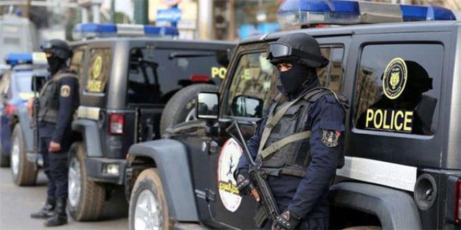 الأمن المصري يضبط هولنديًا وتركيًا بتهمة التجسس