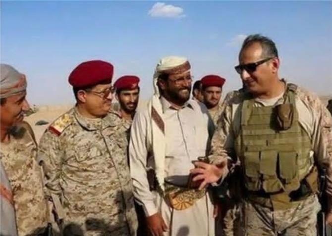 طرد 4 ضباط يمنيين تابعين للاحمر من عمليات التحالف واعتقال اخرين