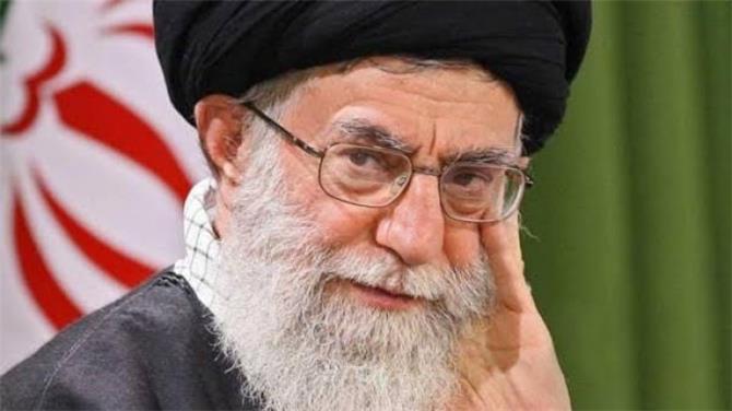 ثروة خامنئي توازي أضعاف ديون وصادرات نفط إيران