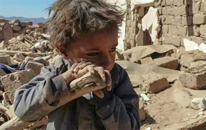 تقرير حقوقي يرصد 66 ألف انتهاك ضد الاطفال باليمن