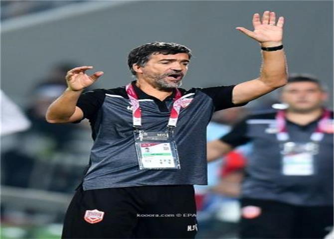 مدرب البحرين: كان لدي رجال في الملعب ولم أتمالك دموعي بعد هذا الإنجاز