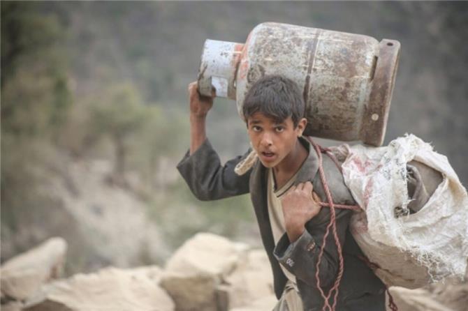 اتهامات للميليشيات بمنع وصول المساعدات الإنسانية لـ6 ملايين