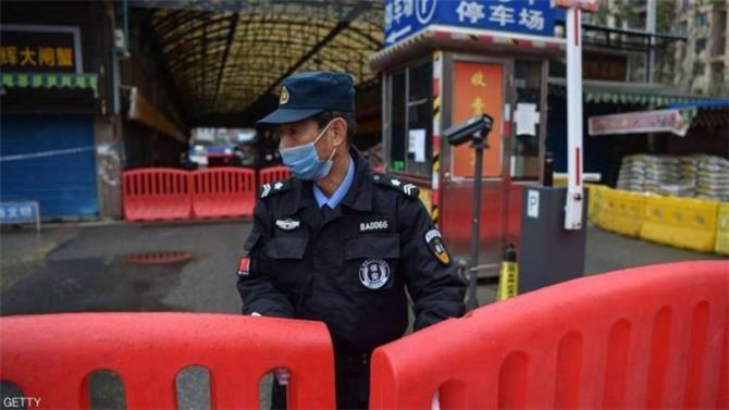 مدينة صينية تمنع دخول الأشخاص والسيارات إليها