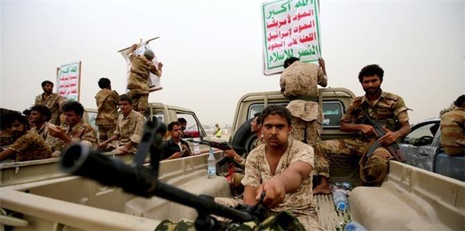 مليشيا الحوثي تواصل تحركاتها لحشد مقاتلين جدد