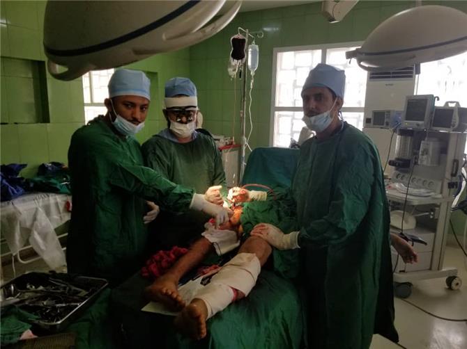 تفاصيل نجاح عملية جراحية نادرة بالعاصمة عدن استغرقت 10 ساعات
