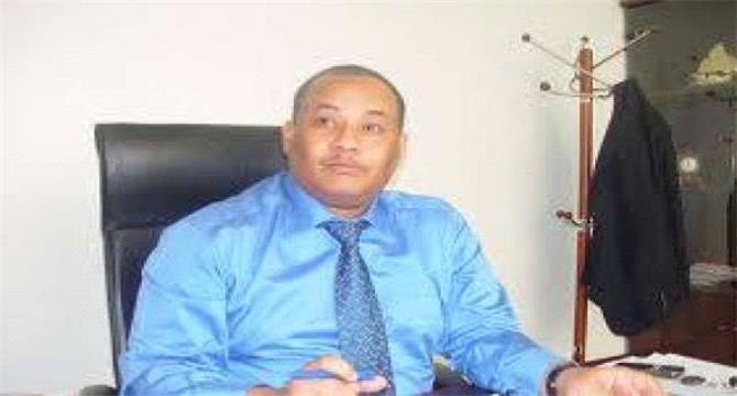 تورط مسؤول رفيع بالحكومة اليمنية بقضايا فساد