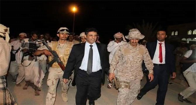 معلومات تنشر للمرة الأولى عن أحداث شحن وخلافات المحافظ مع السفير السعودي والرئاسة