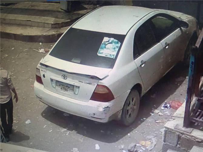 مسلحون يعتدون على دكتور في عدن وينهبون سيارته ومبلغ مالي كبير