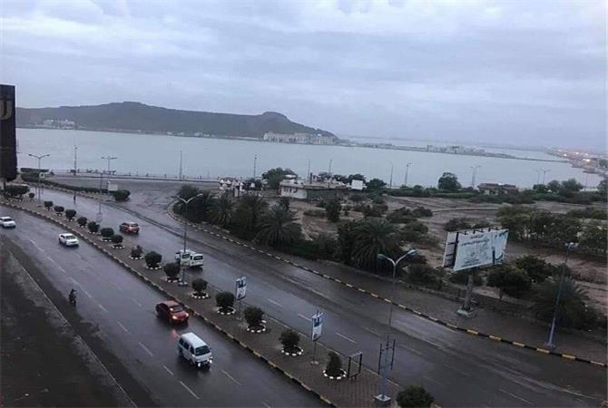 الإرصاد يحذر من أمطار غزيرة خلال الساعات القادمة على هذه المناطق