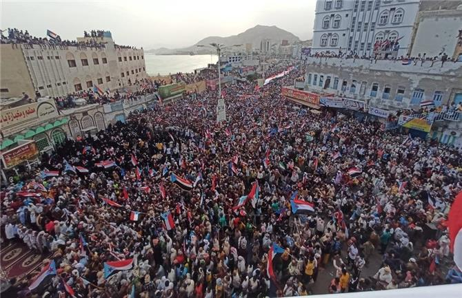 مليونية حضرموت ترفض الاختراقات التركية القطرية عبر أدوات الشرعية بالجنوب