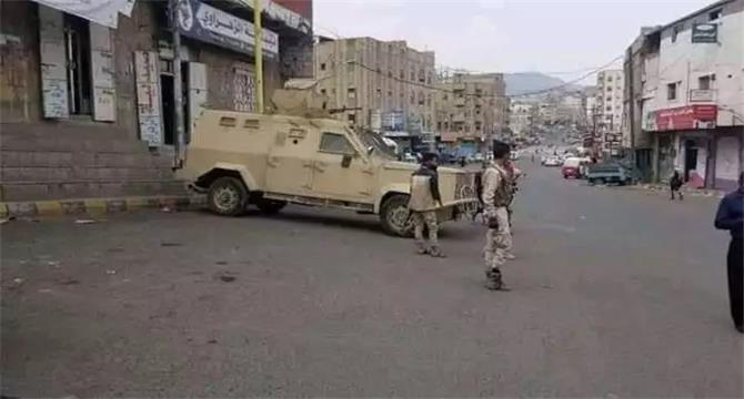 القبض على عدد من مسلحي الإصلاح بتعز بينهم غزوان المخلافي عقب اشتباكات عنيفة