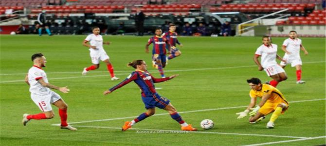 برشلونة يتعثر أمام إشبيلية بتعادل مُخيب