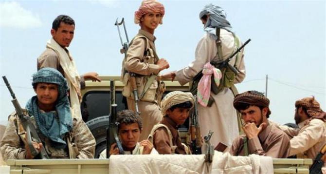 مقاتلو الحوثي يتمردون على الجماعة ويرفضون الذهاب إلى الجبهات