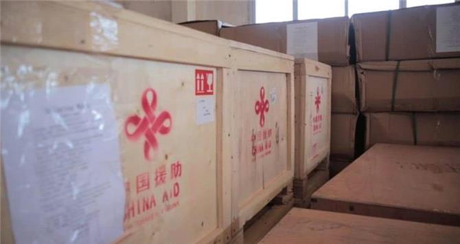الشرجبي من الغربة في الرياض الى توزيع المنحة الصينية