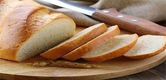 آثار جانبية خطيرة لتناول الخبز الأبيض