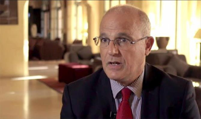 السفير البريطاني: جرائم الحوثيين ضد النساء مقززة ومخزية