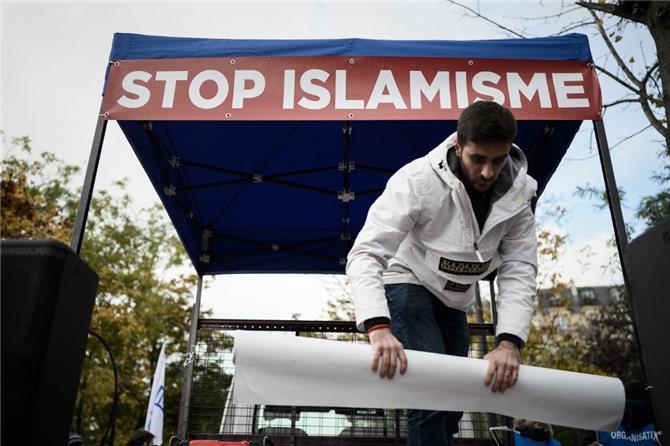 اليسار الإسلامي منفذ الإسلام السياسي لتلميع صورته
