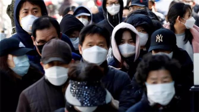 كوريا الجنوبية.. حالة وفاة و415 إصابة بكورونا