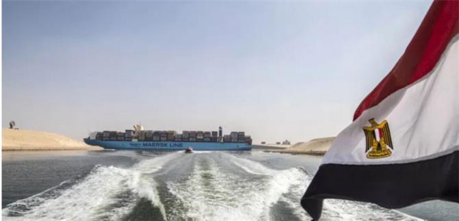 قناة السويس تتجه للمطالبة بتعويضات من السفينة البنمية