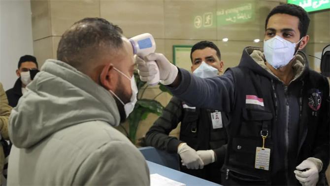 كورونا يواصل توغله في مصر