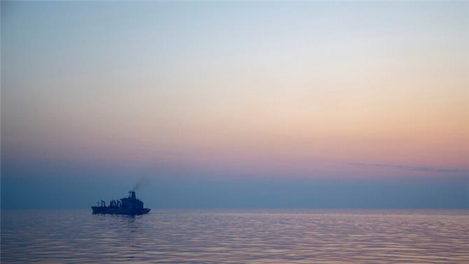 هيئة عمليات البحرية البريطانية: حادثة السفينة قبالة ساحل الفجيرة الإماراتية عملية خطف